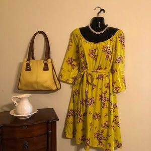 Yellow purple scoop neck dress purple blooms L
